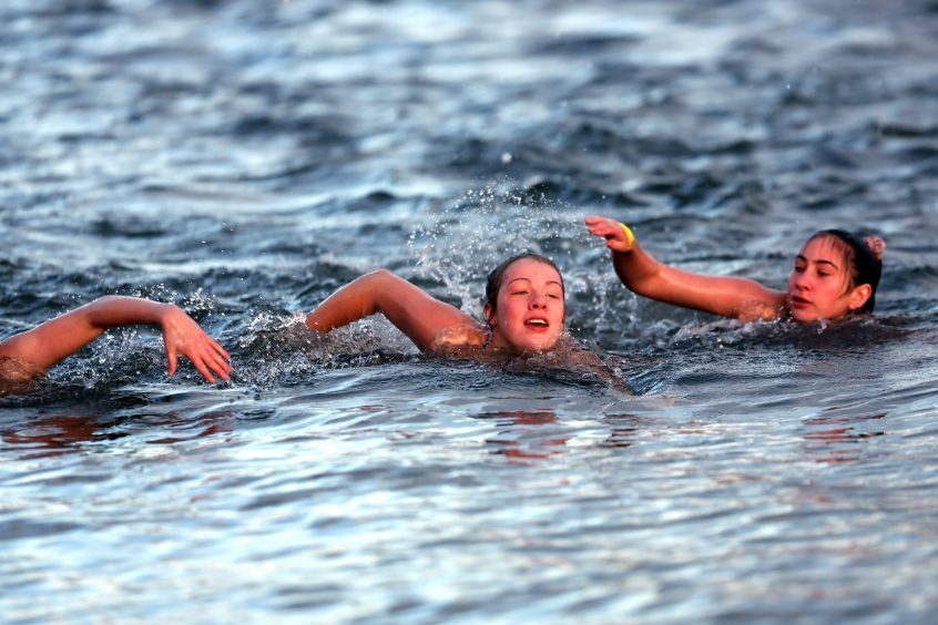 Swimmers at the Broughty Ferry dook