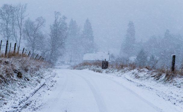 Heavy Snowfall near Aylth on Tuesday morning.