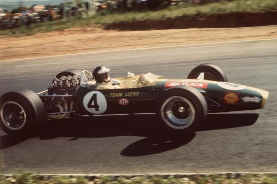 Jim Clark on his way to 1968 South Africa GP victory.