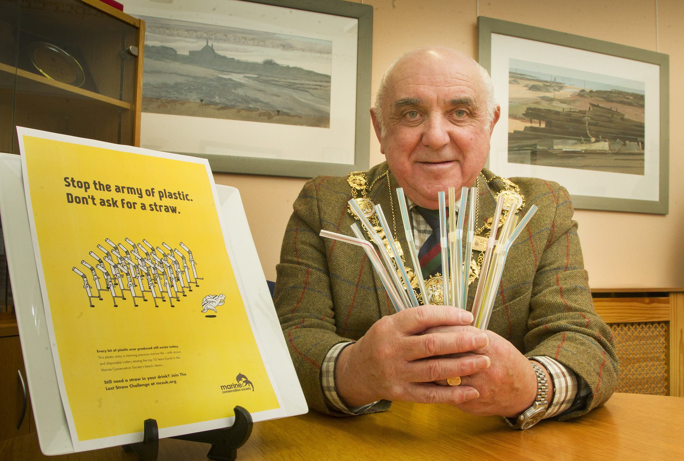 Angus Provost Ronnie Proctor calls for an end to the use of plastic straws.