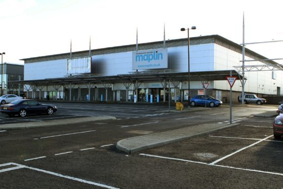 The assault is said to have taken place outside Maplin in the Kingsway West retail park.