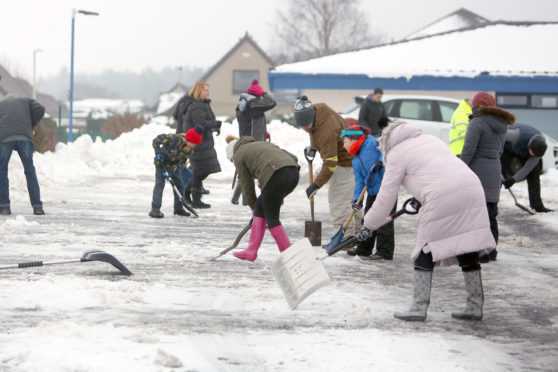 Birkhill residents dug in to clear last year's snow