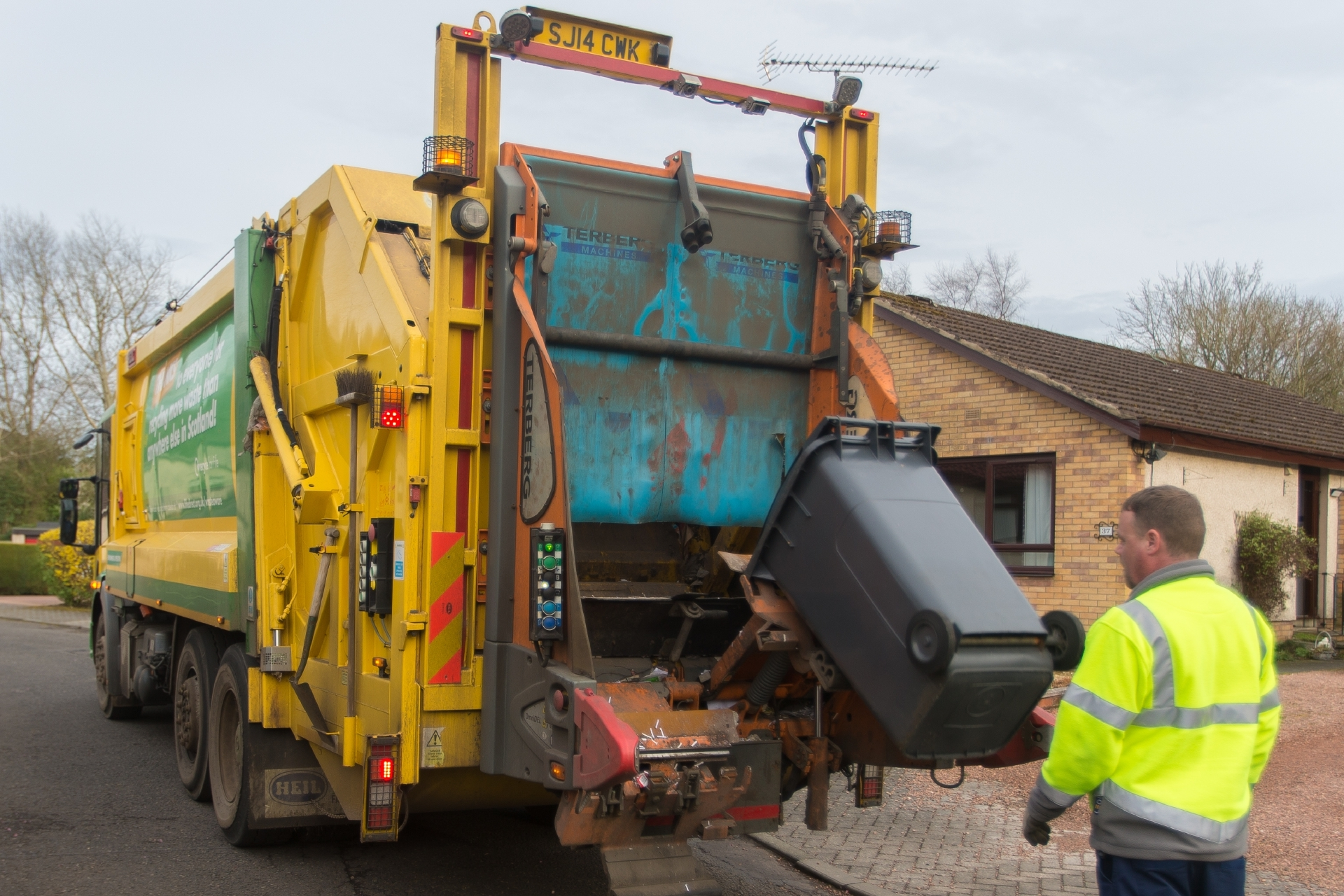 "The Accounts Commission has linked rising public discontent at services such as bin collection with ""increasingly critical"" local authority finances."