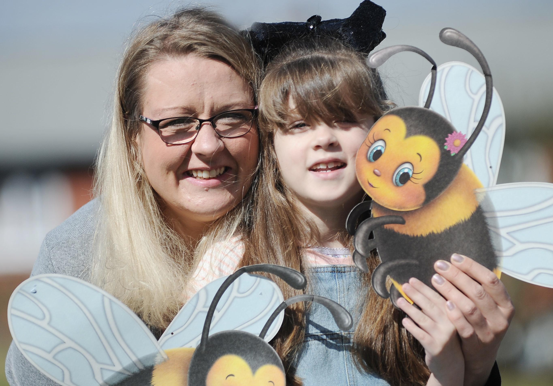 April McIntosh and daughter Peyton, 6.