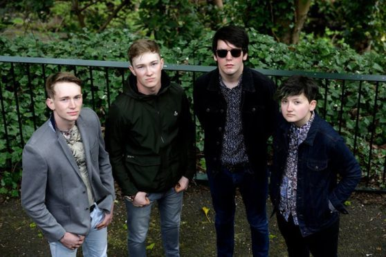 The Decrees play Dunfermline.