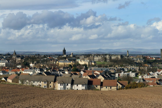 Kris Miller, Courier, 21/03/14. Picture today shows general view over St Andrews for files and referendum roadshow.