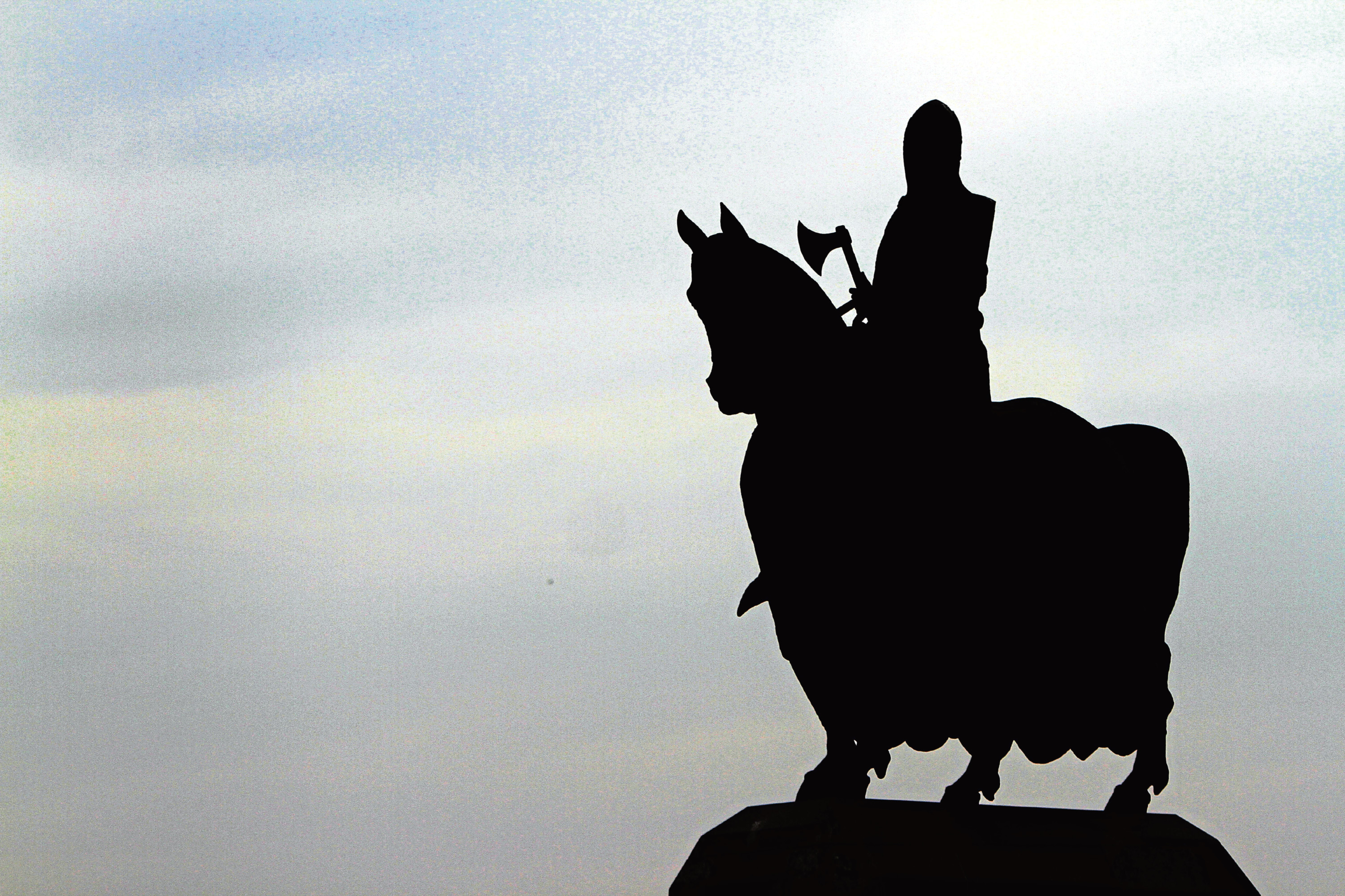 Where Bannockburn is concerned, we must remember the loss of human life, not use it as a symbol of present-day nationalism, argues one correspondent.