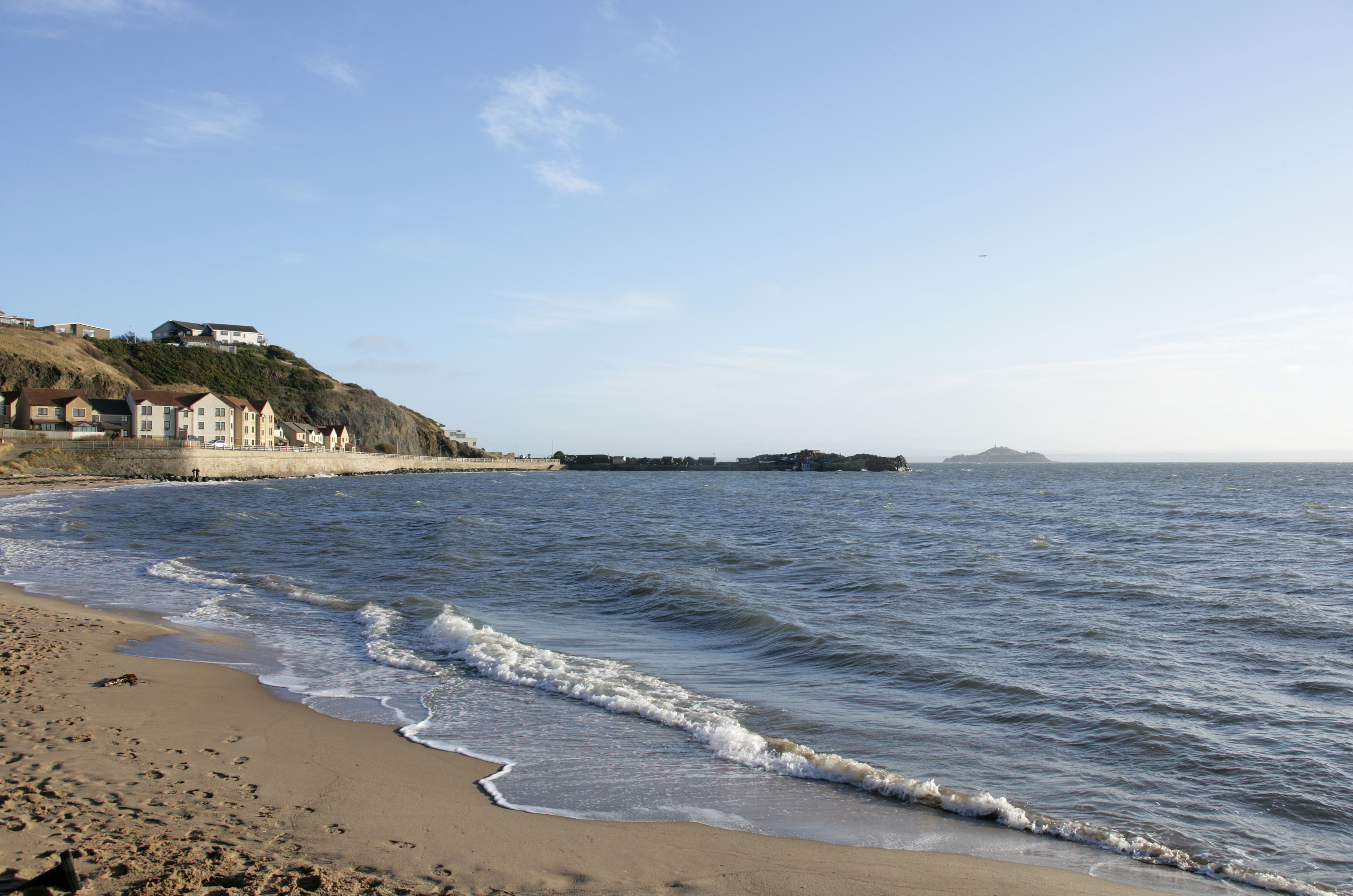 Pettycur Bay near Kinghorn has been the scene of some illegal shellfish rustling.