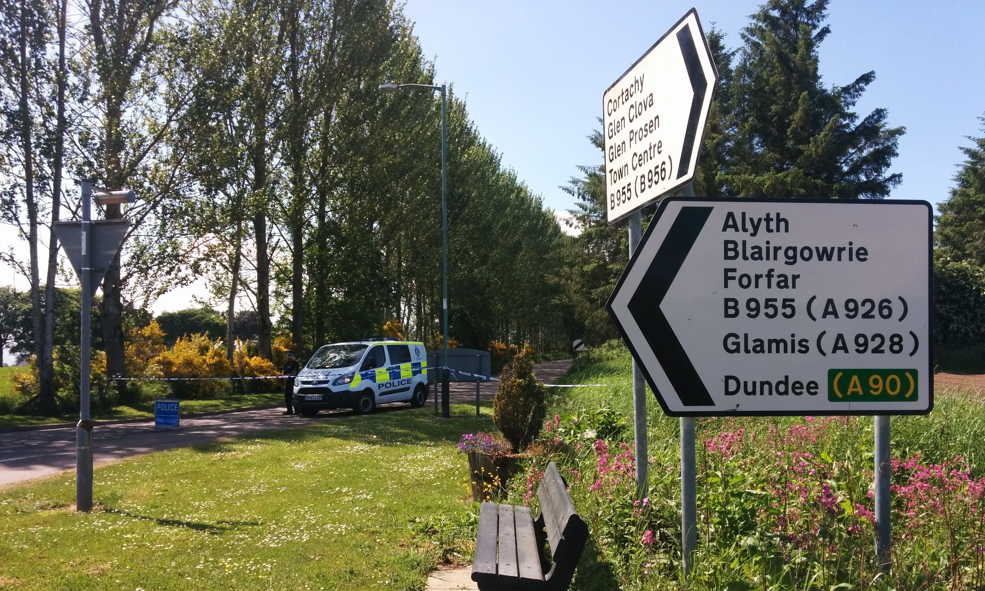 Police at one of the road closures around Loch of Kinnordy Nature Reserve.