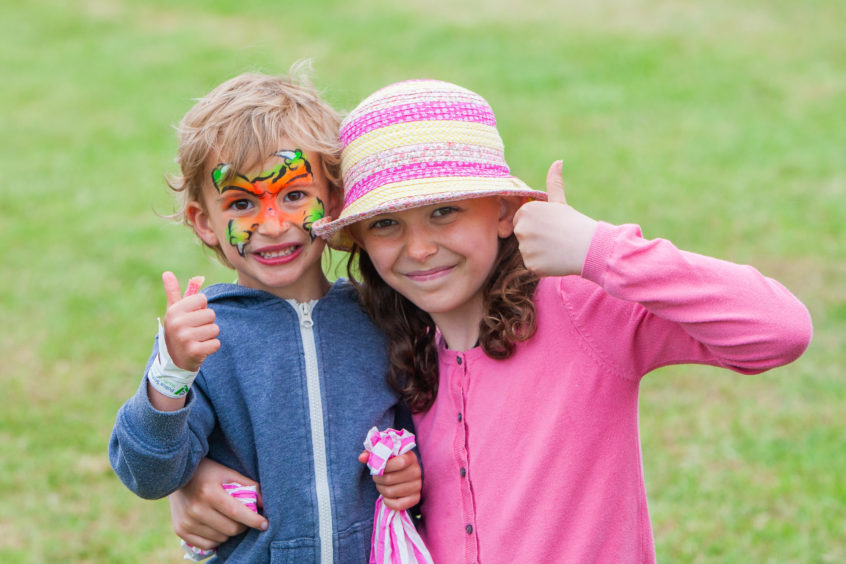 Rowan Eggleton-Hunter (left, aged 4) and sister Kaya Eggleton-Hunter (aged 10) from Forfar.