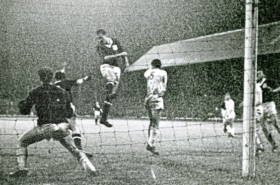 Alan Gilzean narrowly misses a header against FC Cologne in 1962.