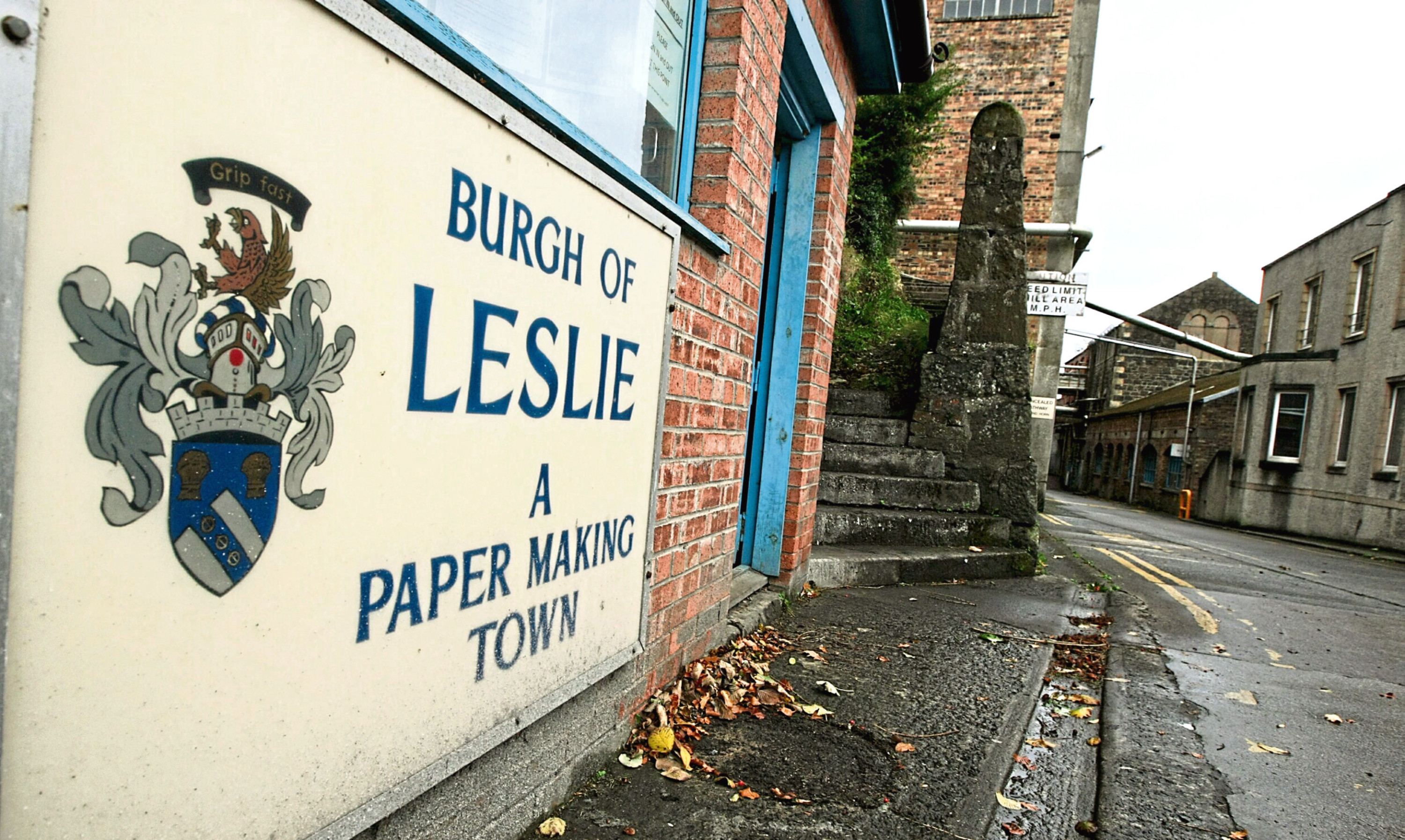 The entrance to the Sapphire mill in Leslie, which is operated by Fourstones Paper Mill. Picture: Dougie Nicolson.