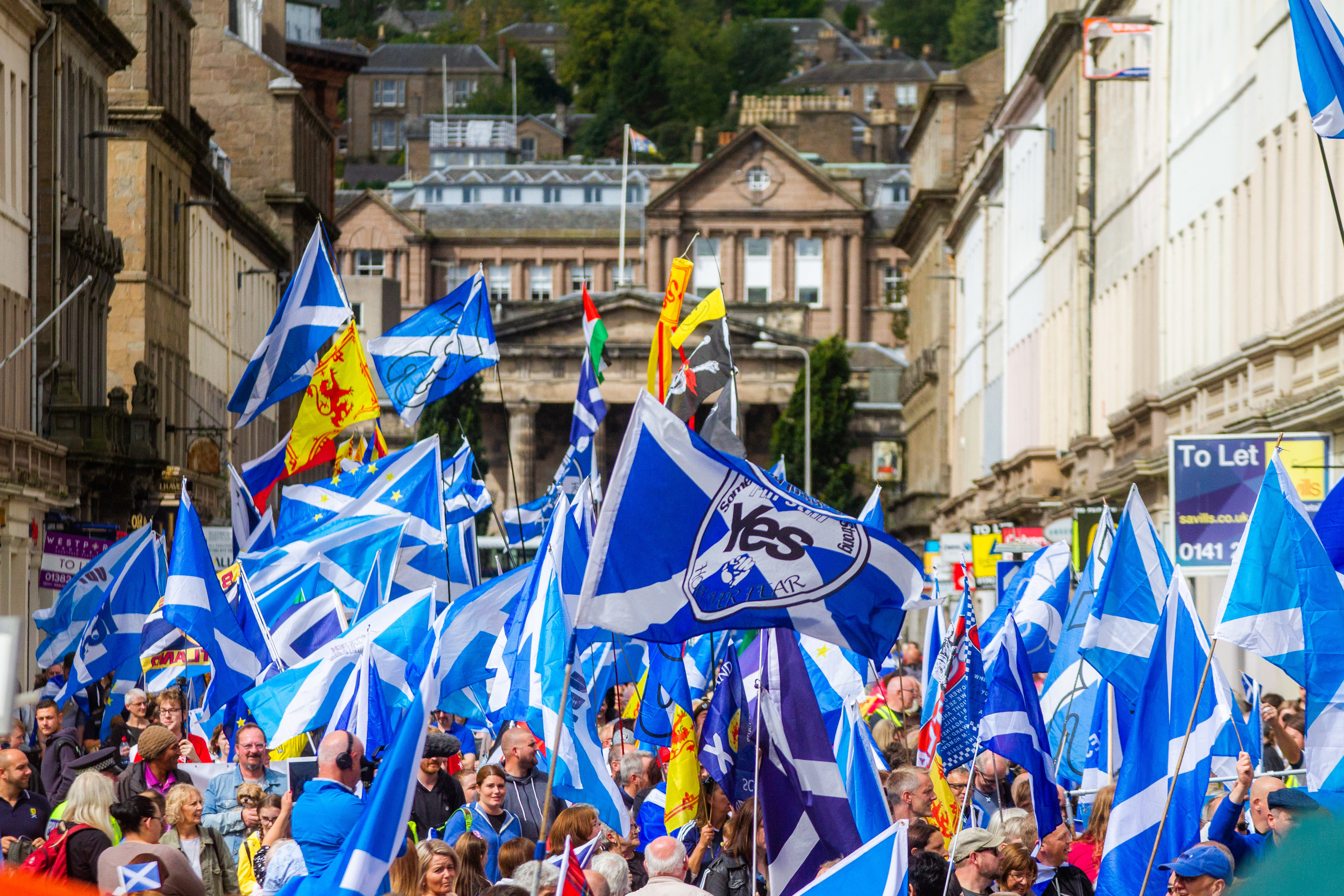Thousands took to the streets of Dundee for a pro-independence march last year.