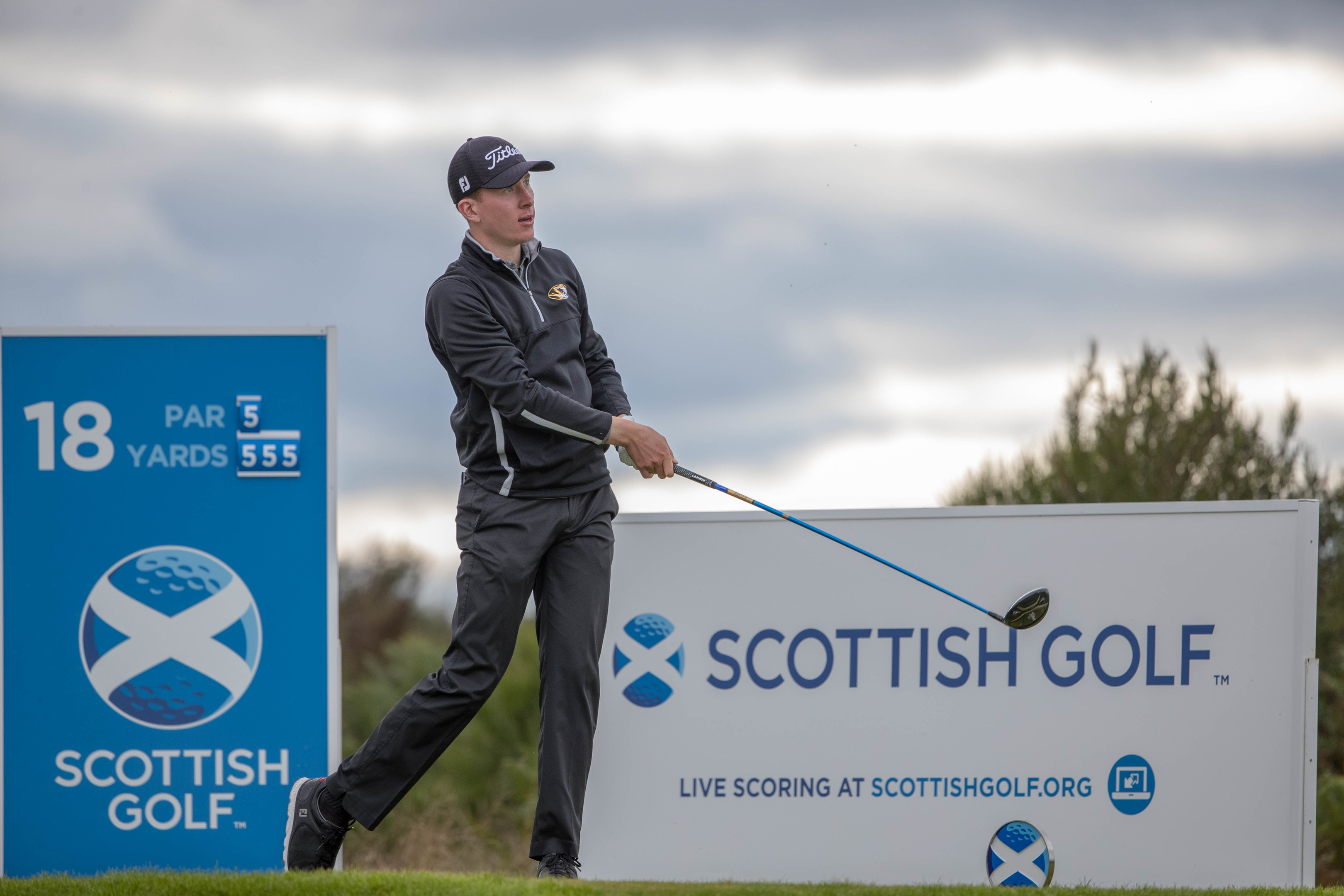 Euan Walker is one off the lead going into the final day of the Scottish Strokeplay Championship at Gleneagles.
