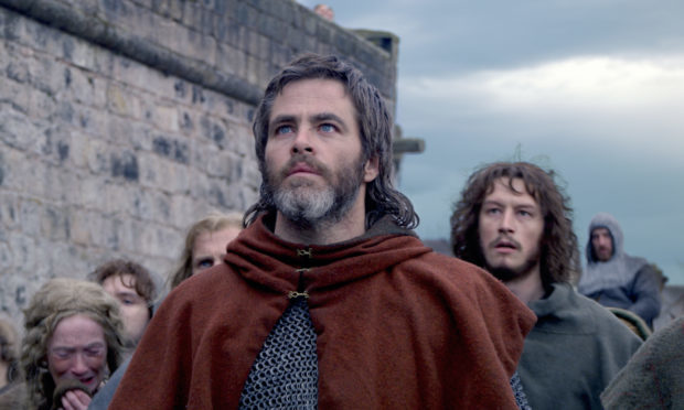 Chris Pine stars as Robert the Bruce in Outlaw King.