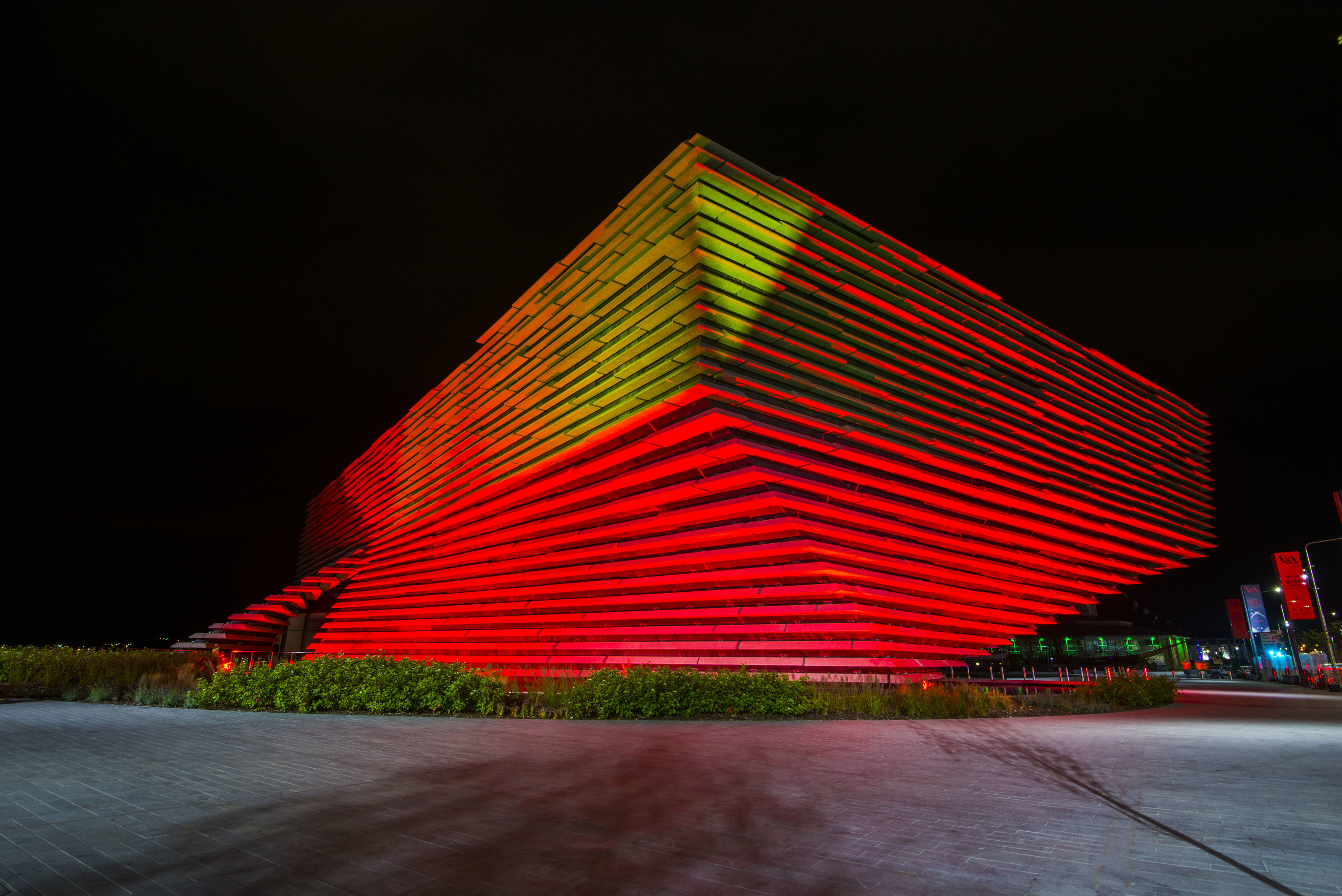 The V&A Dundee lit up in a test ahead of Friday night's light show.
