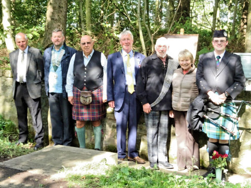 Peter Black, Norrie Braes, Ken Smith, Aberdeenshire Provost Bill Howatson , Dave Ramsay, Gladys Smith and piper Lewis Maitland.