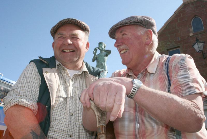 Buchan exiles Allan Thomson and Bob Wallace.
