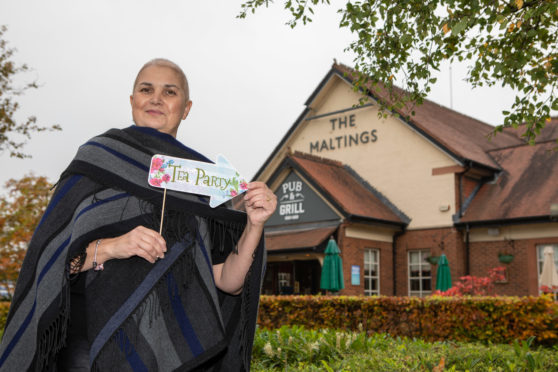 Martine Sinclair will be hosting a breast cancer fundraiser while undergoing chemotherapy for the same illness.