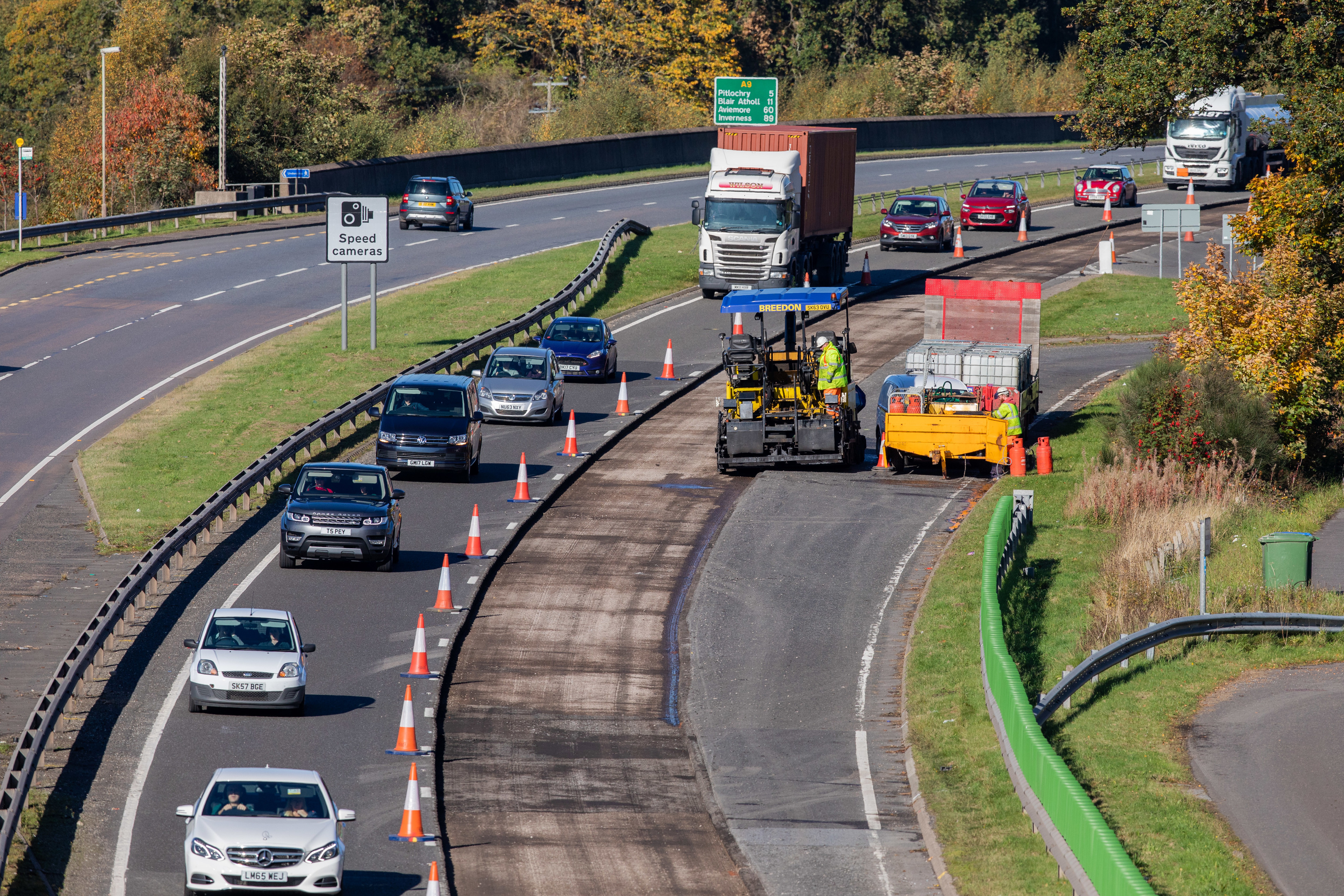 The southbound carriageway of the A9 was reduced to one lane.