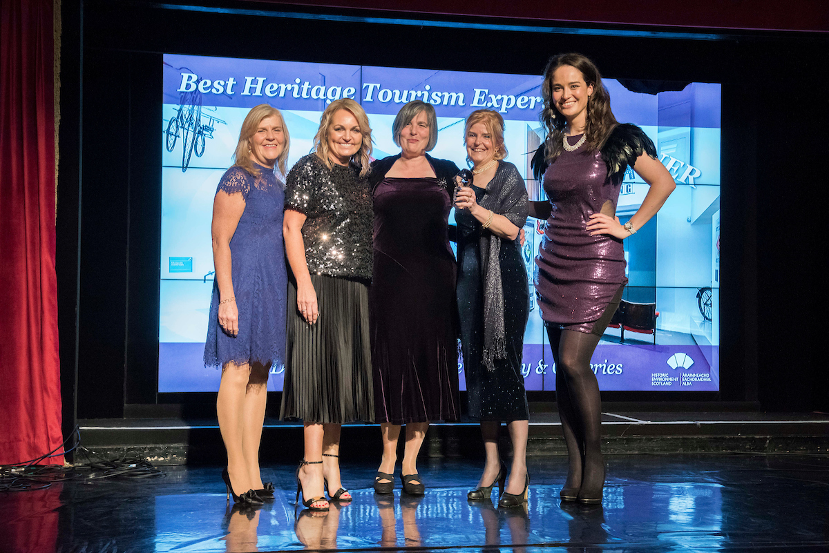Front left: Gillian Macdonald, Historic Environment Scotland, Tracy McCafferty, Dallas Meechan and Michelle Sweeney from Carnegie Library, and ceremony host Jennifer Reoch.