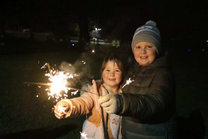 Scott (8) & Jess (6) at Baxter Park.