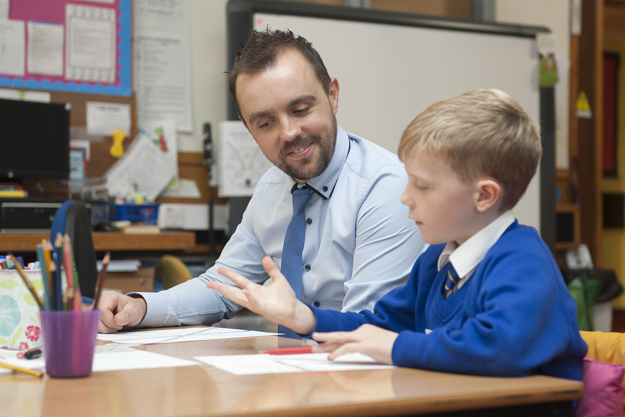 Father and son Keith and Alastair Hogg enjoying some quality time at Maisondieu Primary.