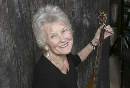 Peggy Seeger.
