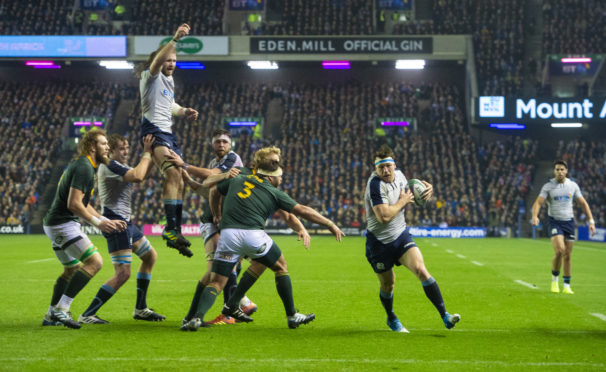 Hamish Watson scores from a trick lineout play for Scotland against South Africa.