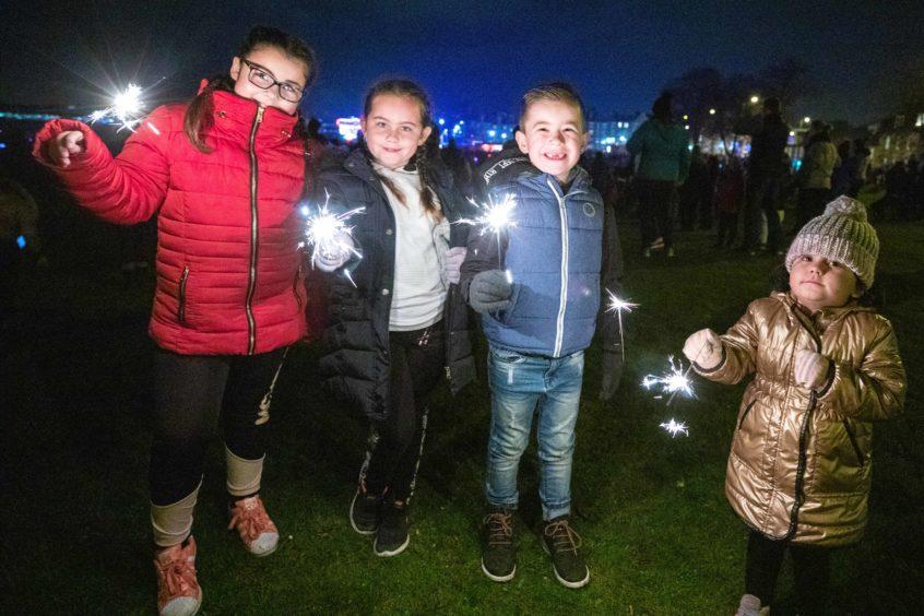 Burntisland fireworks: Chenai Ritchie (10, Sophia Reddington (7), Lucas Ritchie (6) and Cleo Reddington (3).