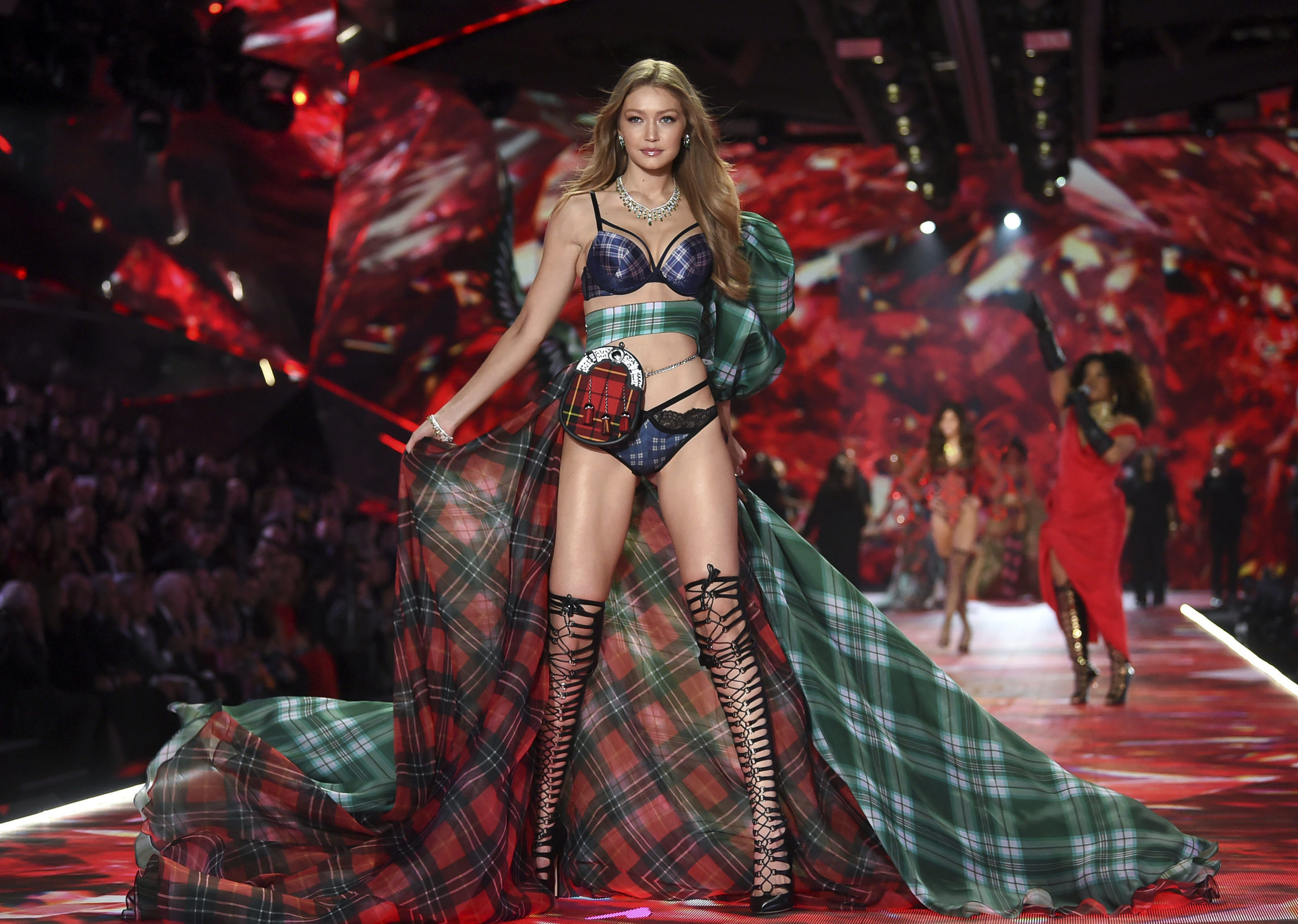 Model Gigi Hadid sporting the sporran during the 2018 Victoria's Secret fashion show.