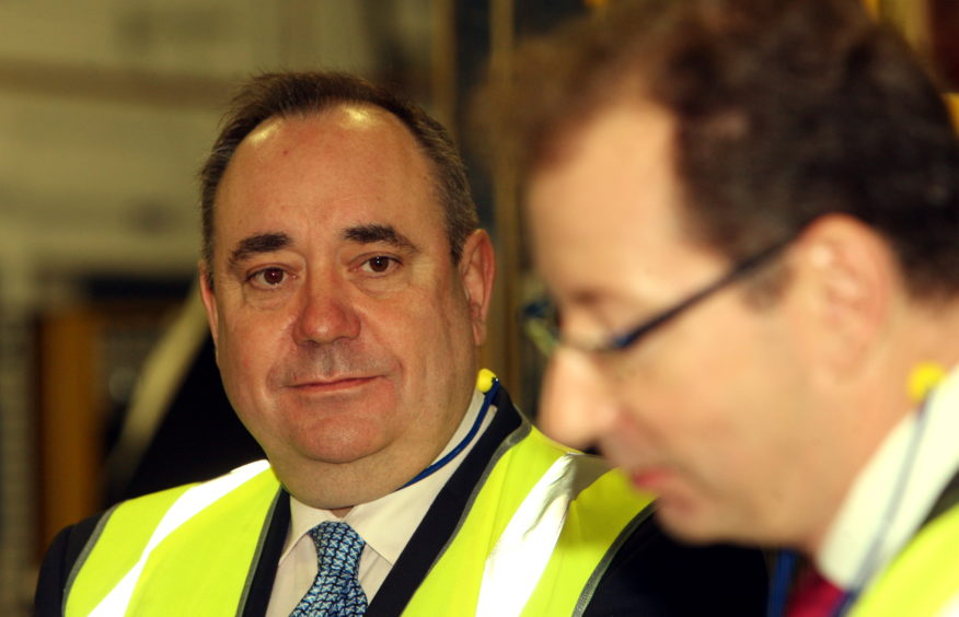 Announcement of new investment and jobs at the Dundee Michelin plant by then-First Minister Alex Salmond. Pictured with managing director Eric Le Corre.