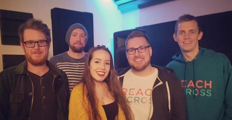 Friends and family joined Fraser and Ryan for the recording of 'Reach Across (Live On)', with Fraser's sister, Beth Swan, on keyboard and backing vocals along with their close friends Stuart Edwardson and Jamie Flynn.