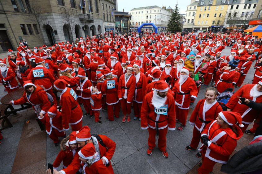 A sea of red at the 2018 Santa Dash in Dundee.