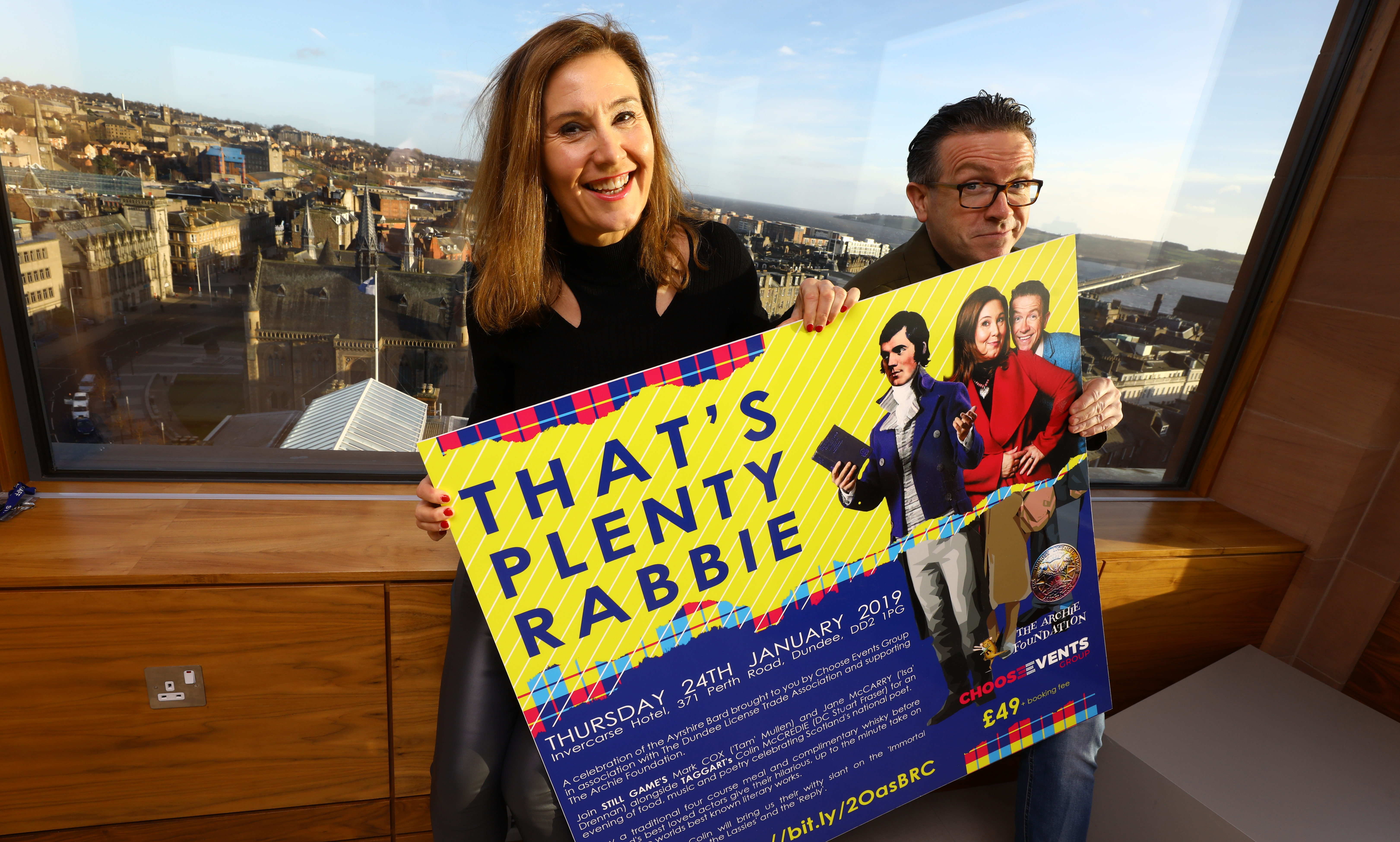 Jane McCarry and Mark Cox aka Isa and Tam visited Dundee this week.