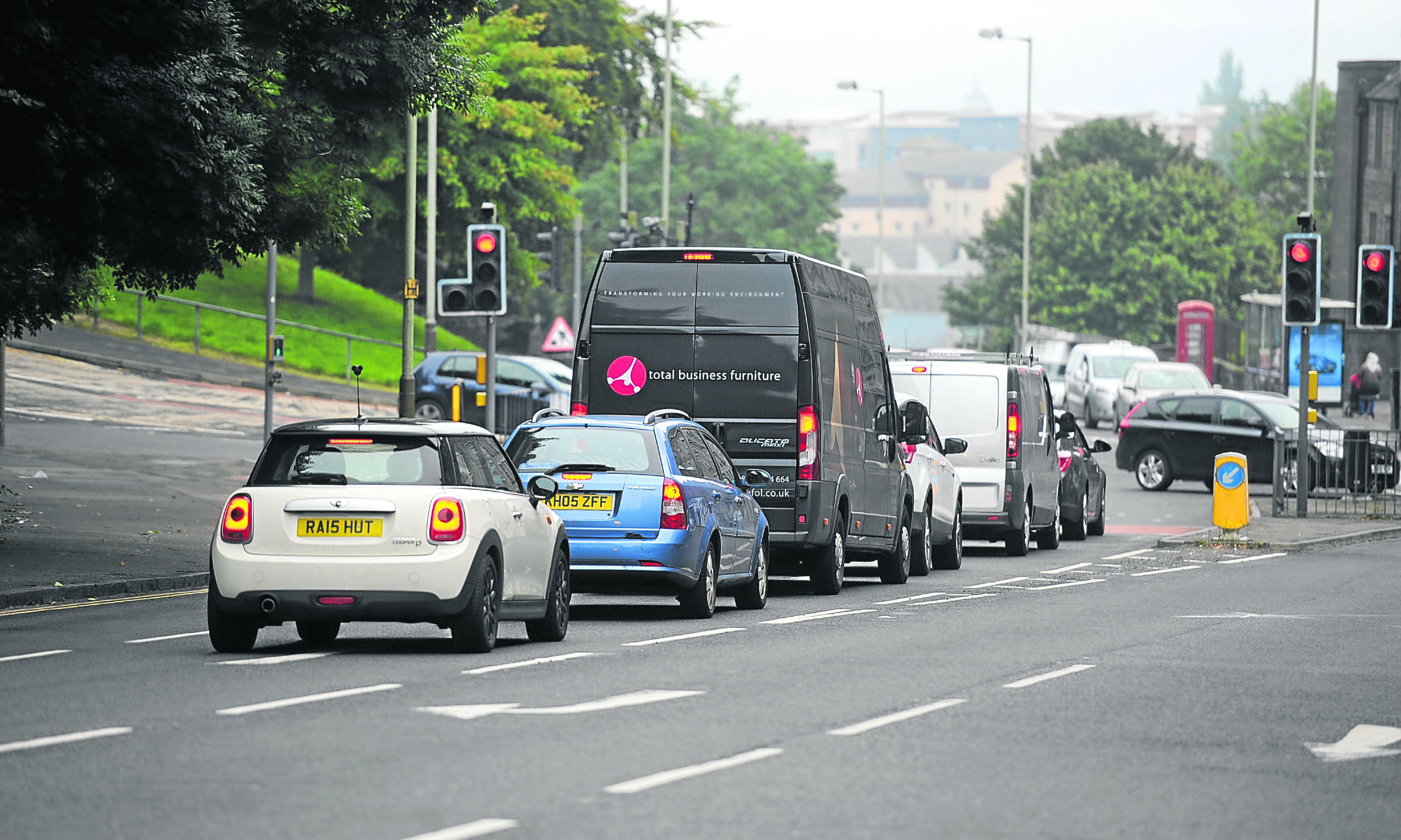 High volumes of traffic have been blamed for poor air quality on Lochee Road.