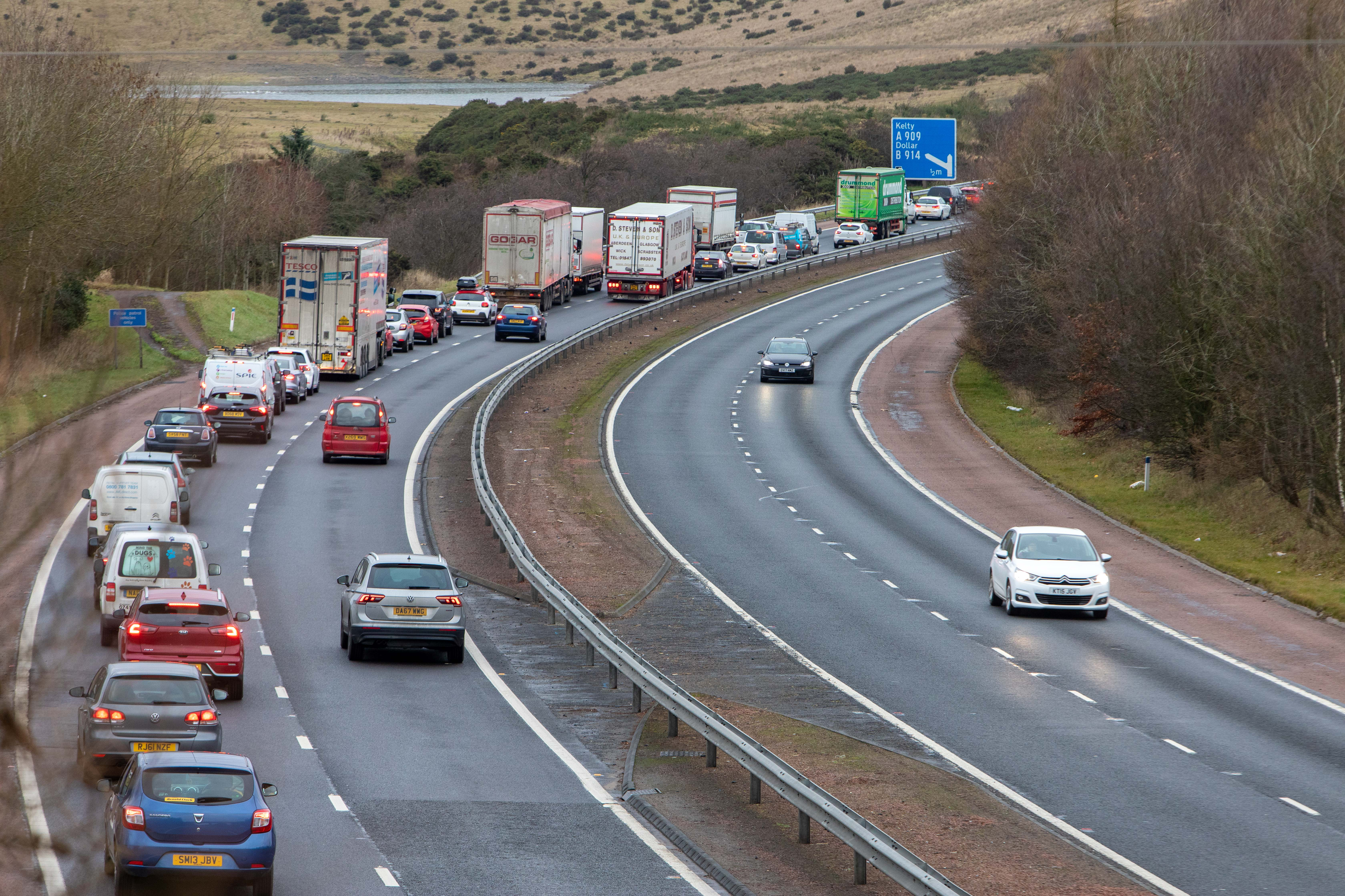 The incident happened just before the Kelty junction of the M90