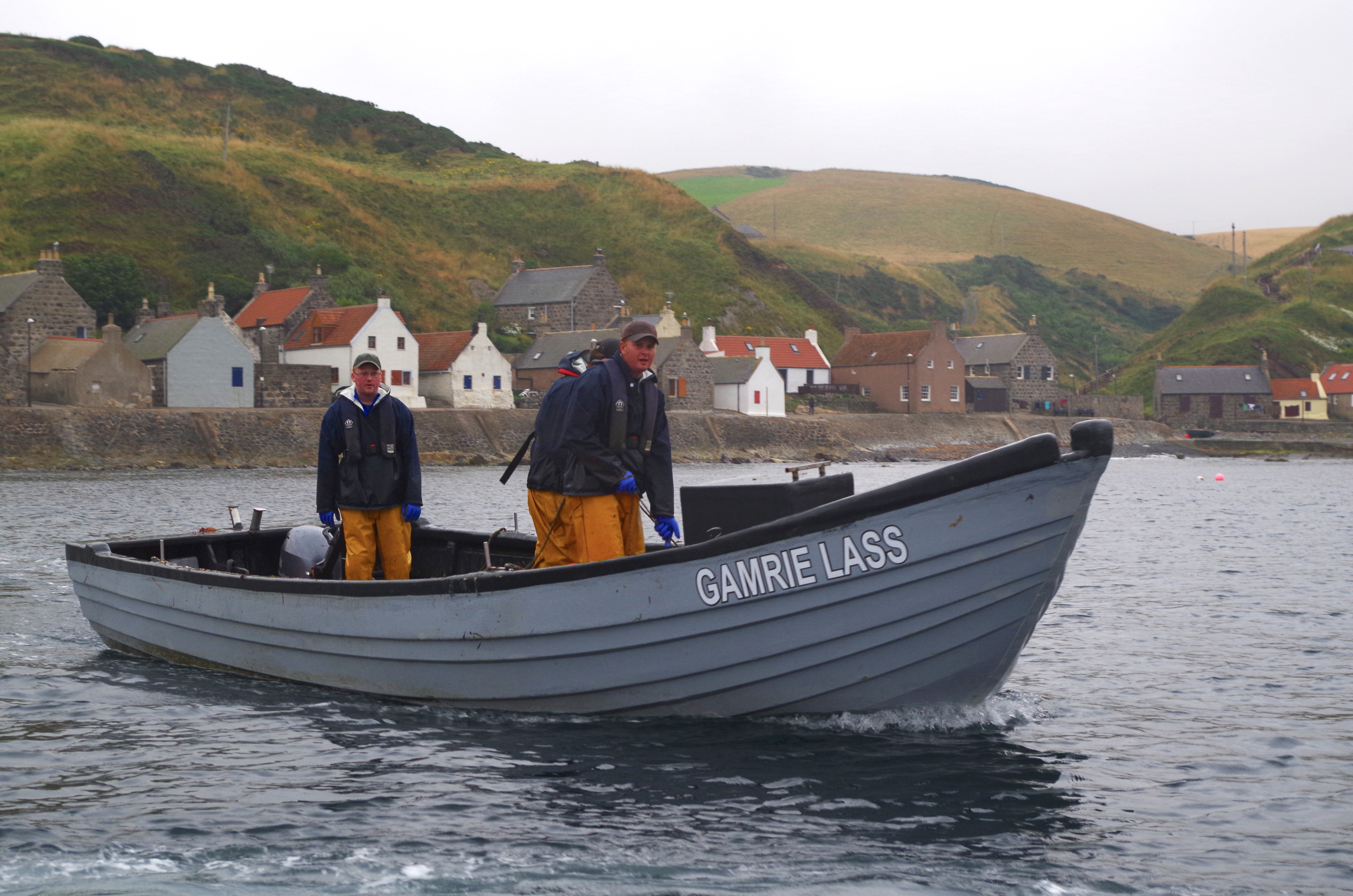 Brothers Kevin Pullar (left) and John Pullar (right) on Gamrie Lass.