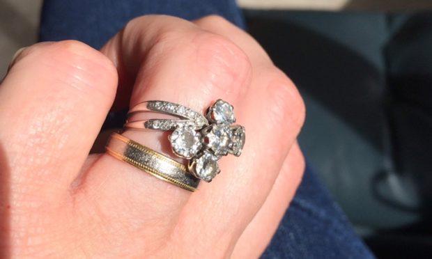 A diamond ring stolen in Dunkeld.