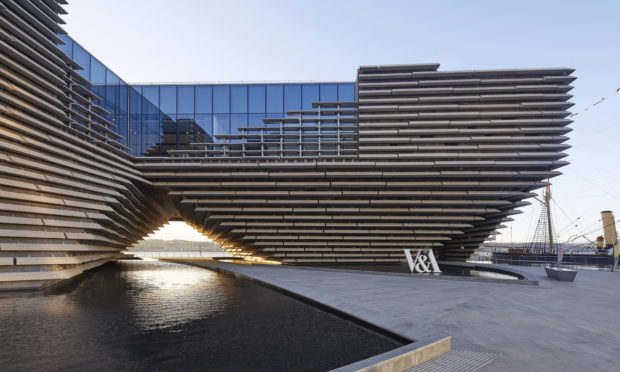 The V&A Dundee has been given another £250,000.