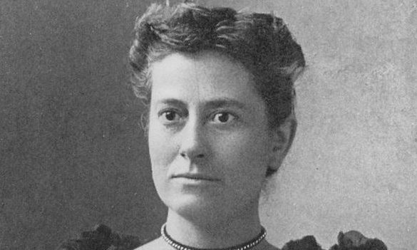Dundee-born Williamina Fleming was the first person to discover a white dwarf star in 1910.