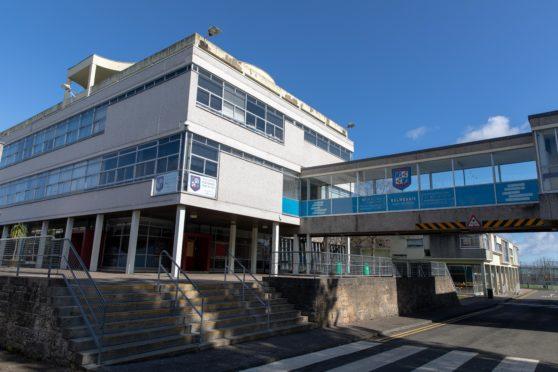 Balwearie High School