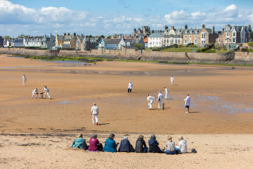 1st Game of Season at Elie for Beach Cricket. The Ship Inn CC Vs The Borderers match as the 1st match of the season begins in Elie.