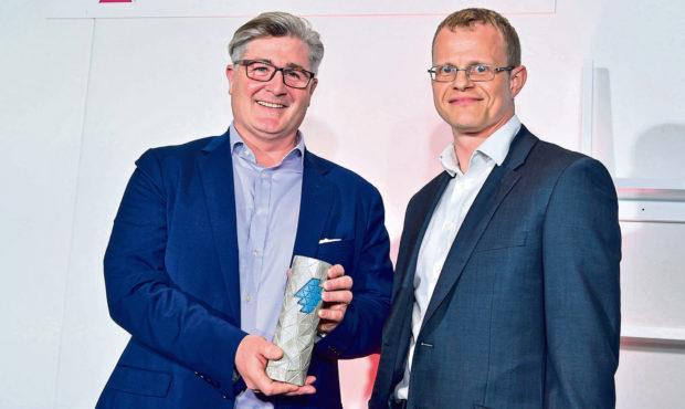 LtoR Social Enterprise EDGE Winner Colin Loveday of Good Call with Joe Ray of Postcode Innovation Trust