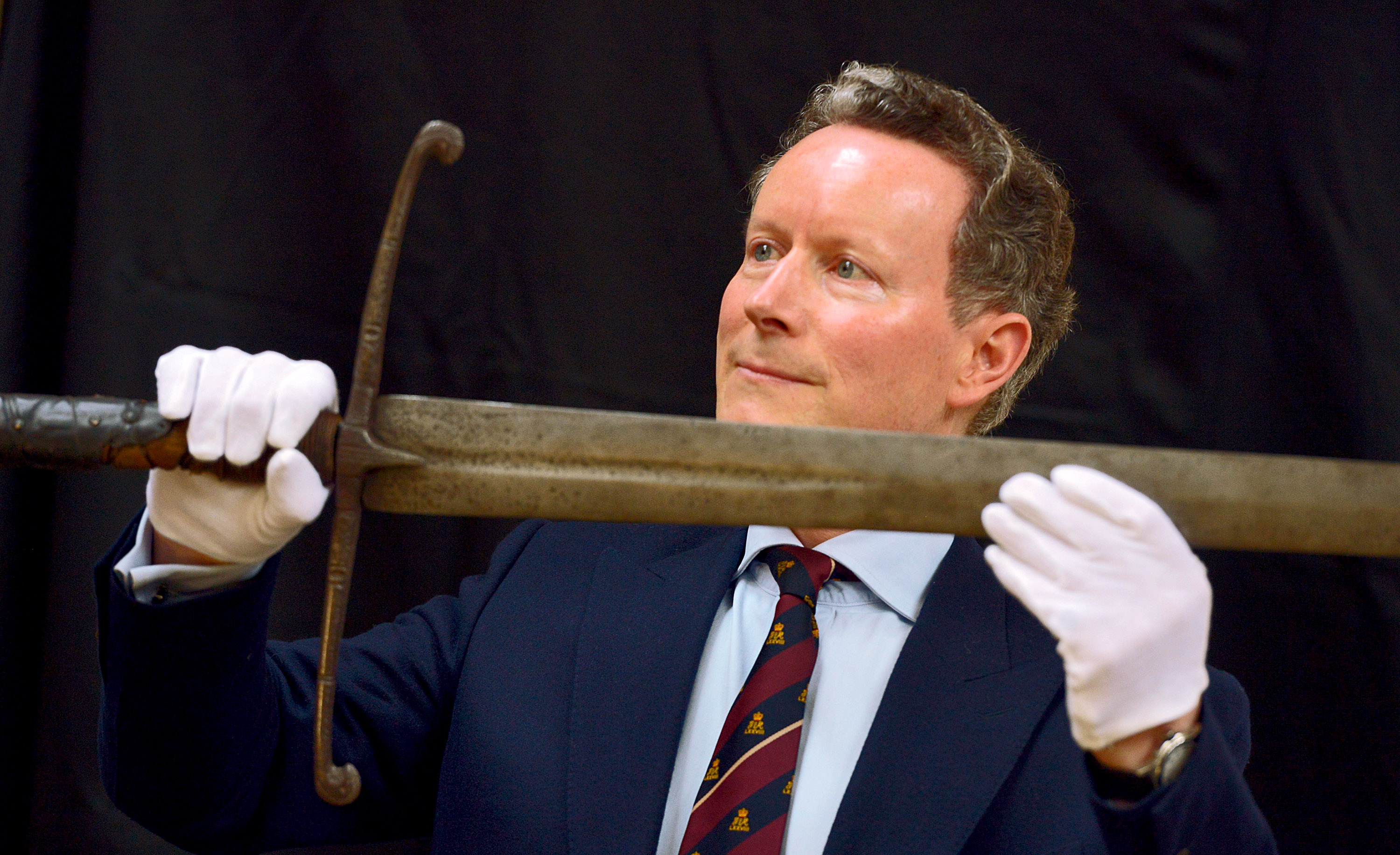 Lord Bruce with the sword of his ancestor, King Robert