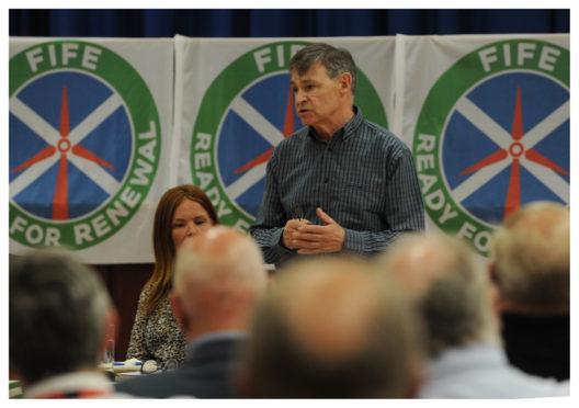 Michael Sullivan of the GMB addresses the meeting