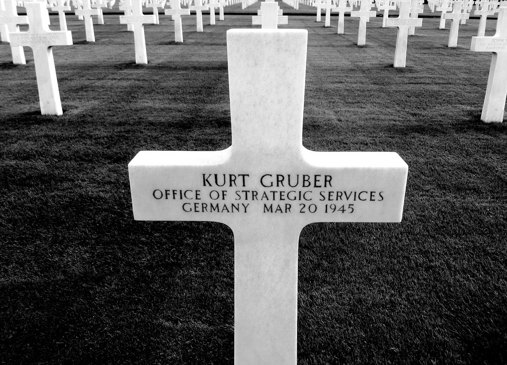 Gravestone of Kurt Gryber in the Ardennes American Cemetery
