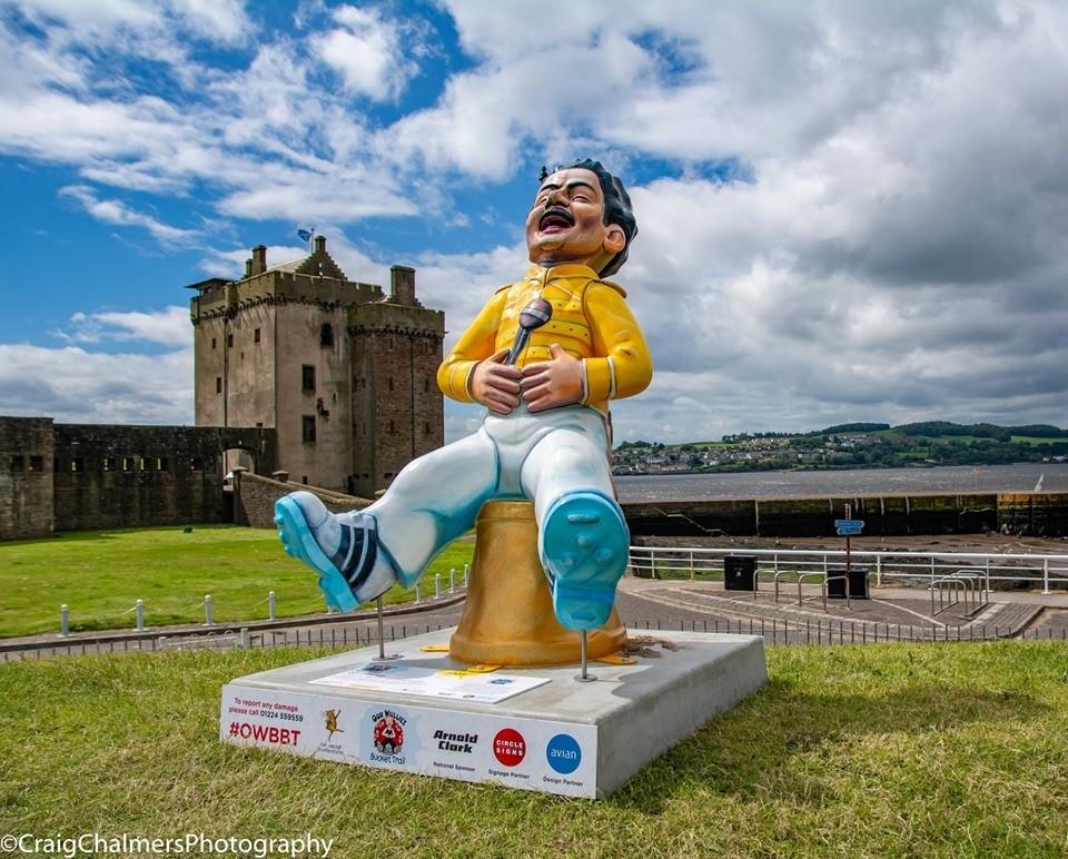 Oor Freddie by Broughty Ferry Castle.