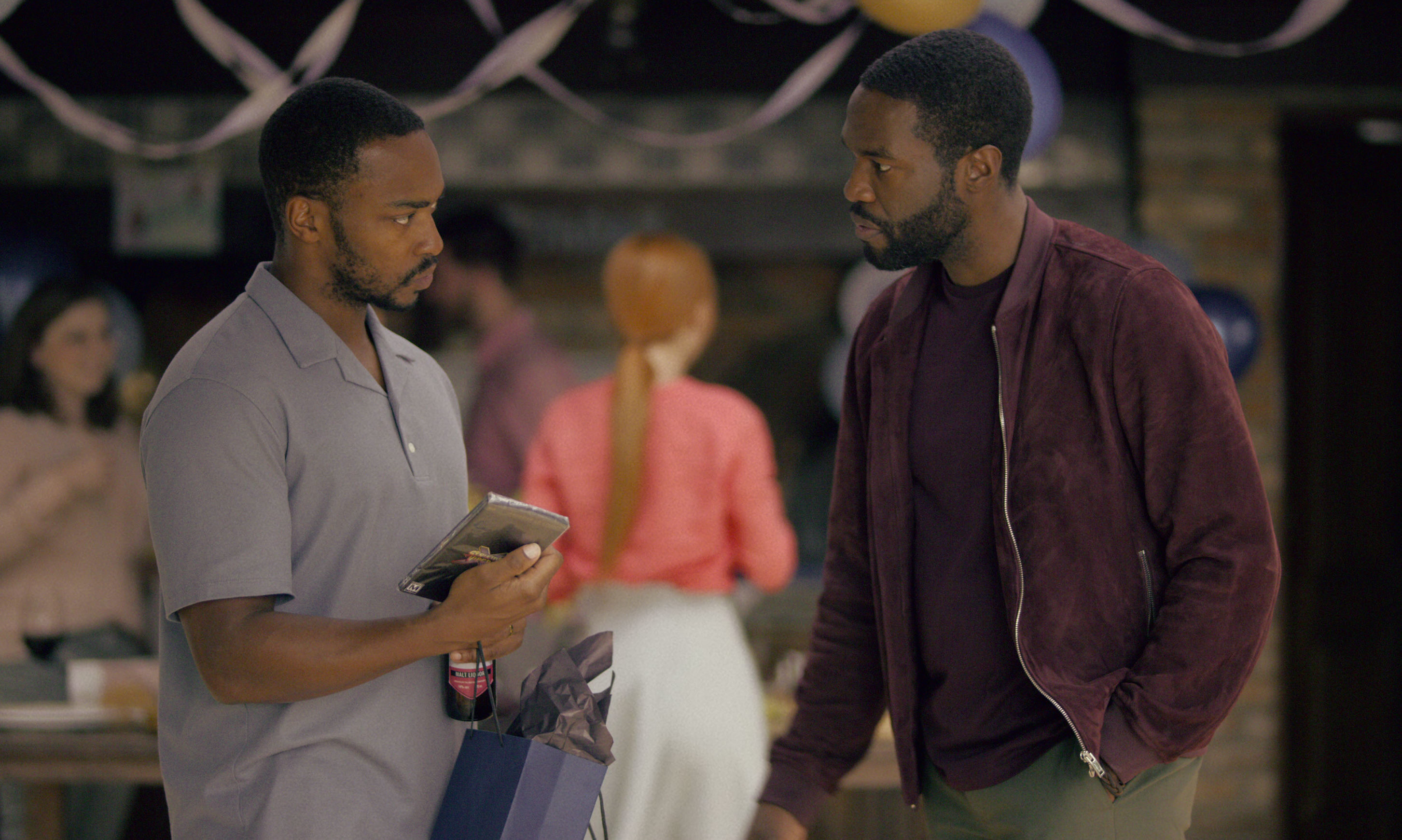 Anthony Mackie and Yahya Abdul-Mateen II in Black Mirror.