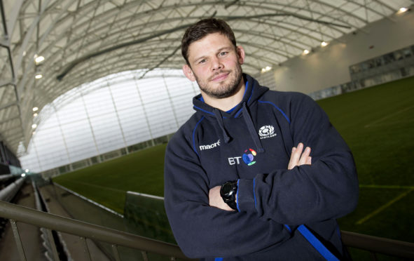 Scotland's most-capped player Ross Ford has retired from rugby.